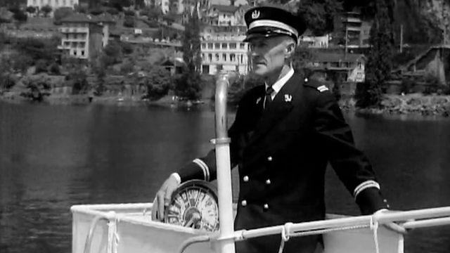 Le capitaine Imhof à bord d'un navire de la CGN en 1968. [RTS]
