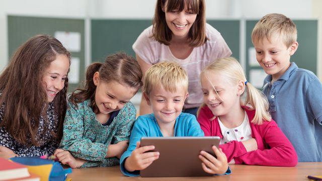 """Depuis onze ans, lʹécole Germaine-de-Staël accueille des élèves à haut potentiel et """"des enfants au cerveau curieux"""" (image prétexte). [racorn - Depositphotos]"""