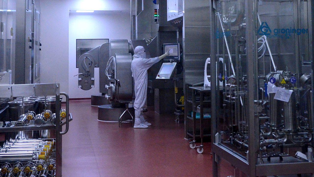 Laboratoire de l'India's Serum Institute à Pune, dans l'Etat indien du Maharashtra. [Euan Rocha - Reuters]
