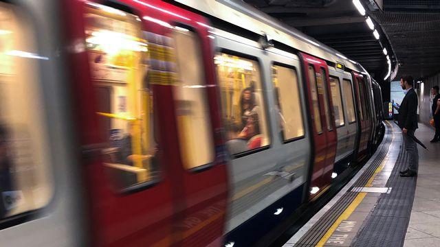 Le métro à Londres. [Alberto Pezzali / NurPhoto - AFP]