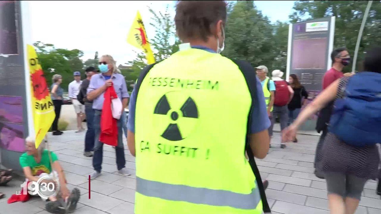 La centrale nucléaire française de Fessenheim mise à l'arrêt. [RTS]
