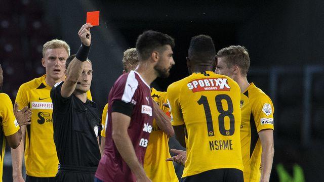 Jean-Pierre Nsame a vu rouge contre Servette mardi soir. [Salvatore Di Nolfi - Keystone]