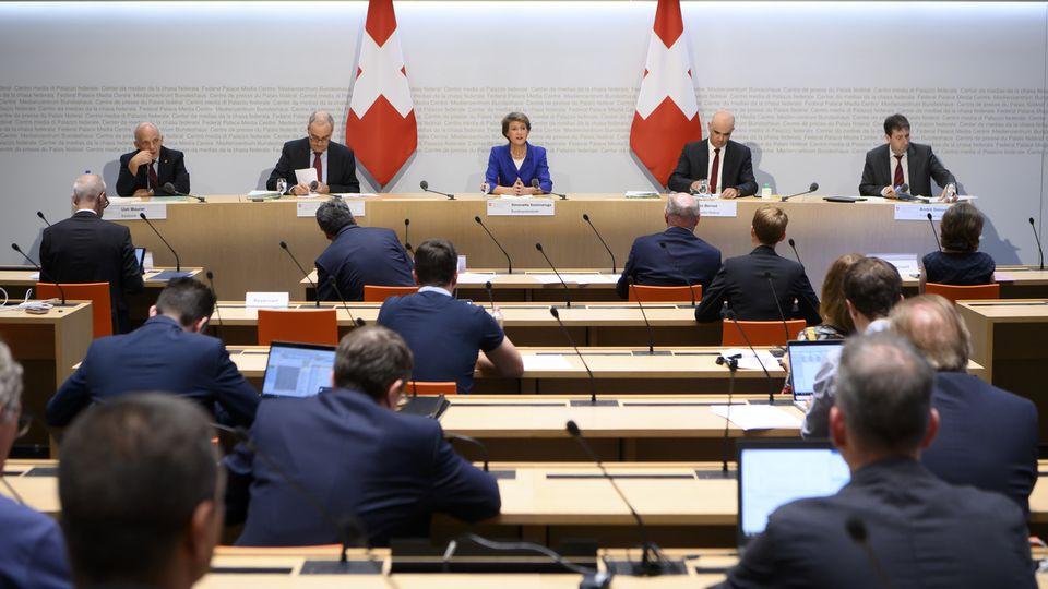 La conférence de presse du Conseil fédéral du 1er juillet. [Anthony Anex - Keystone]