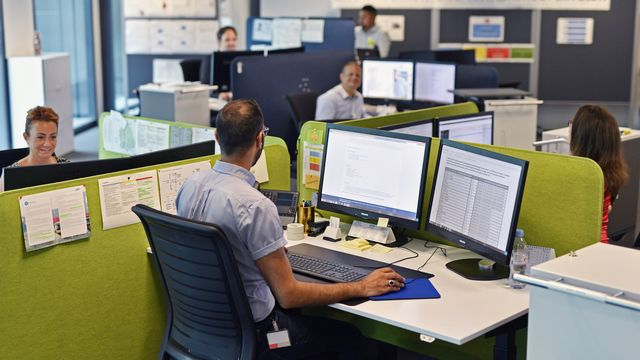 Le portage salarial, une nouvelle forme de travail qui se développe en Suisse [Walter Bieri - Keystone]