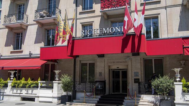 L'entrée de l'hôtel Richemond à Genève. [Martial Trezzini - Keystone]