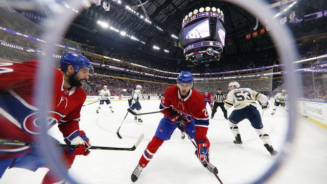 Les amateurs de hockey peuvent se réjouir: la NHL reprend ses droits le 1er août. [Jeffrey T. Barnes - Keystone]