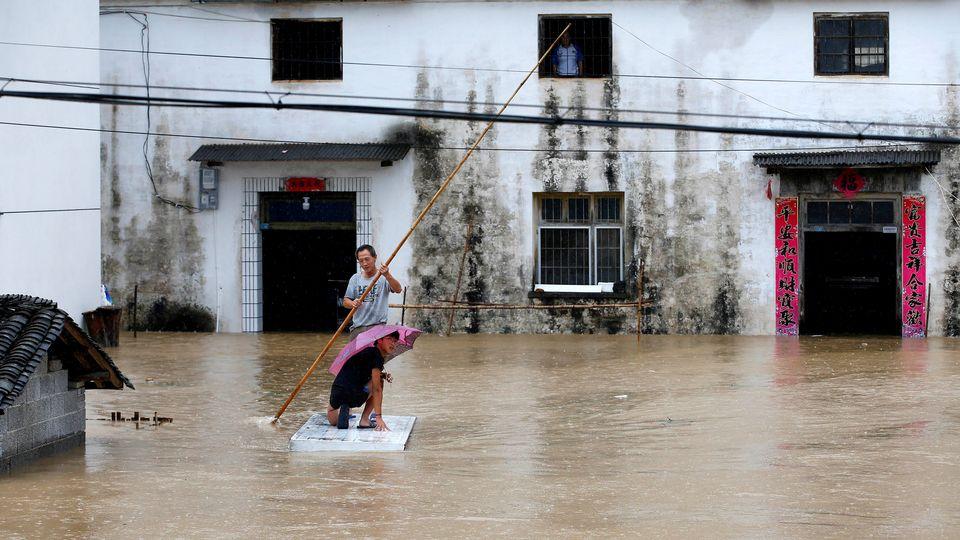 Les inondations ont fait plus d'une centaine de morts en Chine. Ici, une photo prise à Huanghshan, dans la province d'Anhui, le 6 juillet 2020. [cnsphoto - Reuters]