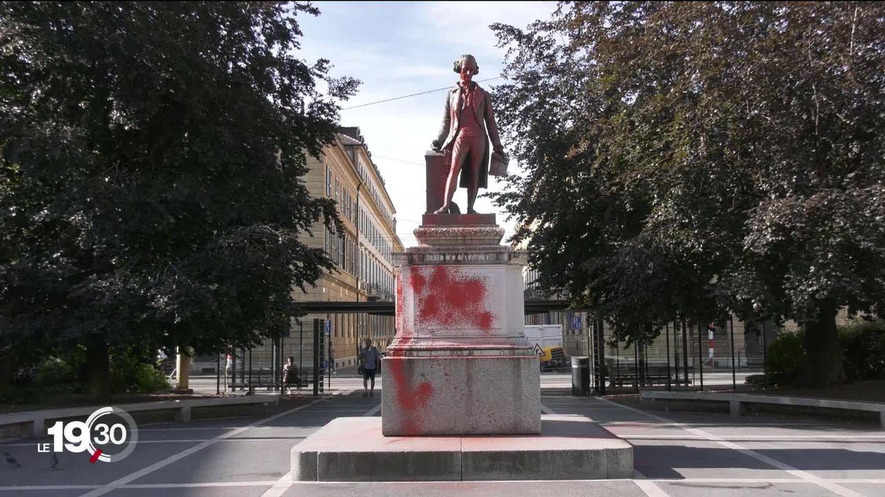 La statue de David de Pury vandalisée à Neuchâtel. [RTS]