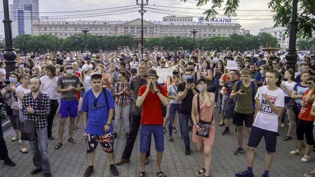 Manif de protestation contre l'arrestation du gouverneur Sergueï Furgal à Khabarovsk, 13.07.2020. [Igor Volkov - AP/Keystone]