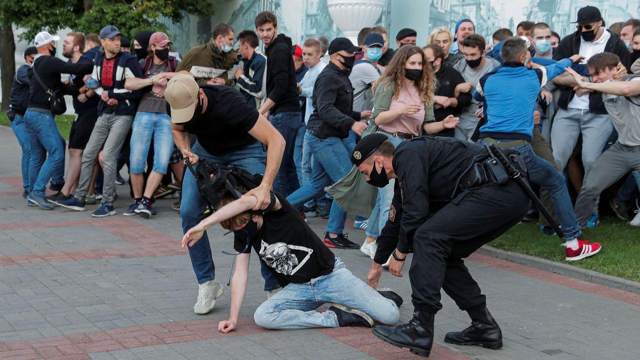 Des manifestations organisées mardi dans plusieurs villes de Biélorussie ont été sévèrement réprimées. [Vasily Fedosenko - Reuters]