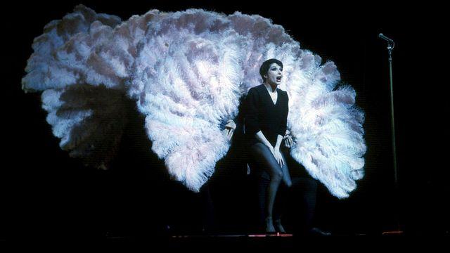 Zizi Jeanmaire dans un spectacle de cabaret (photo non datée). [Collection Christophel - Lecoeuvre Photothèque/AFP]