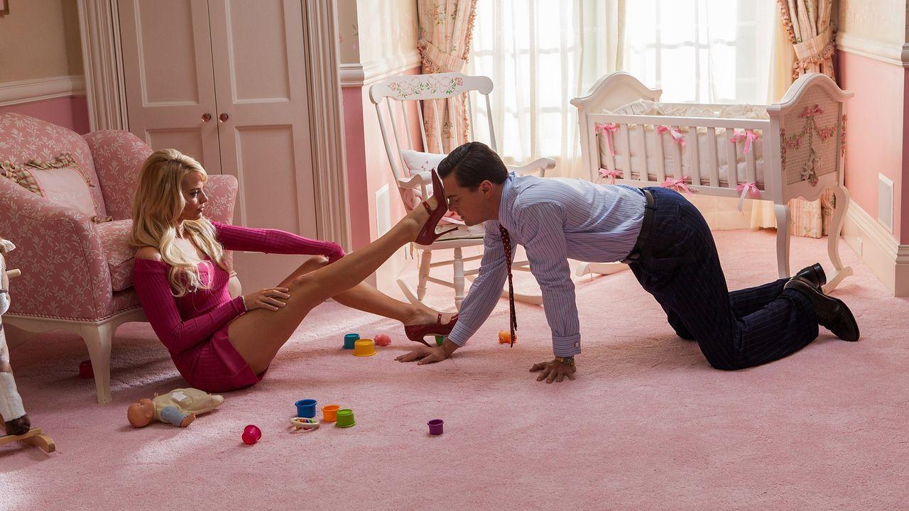 """""""Le Loup de Wall Street"""" (2013) de Martin Scorsese avec Margot Robbie et Leonardo DiCaprio. [Paramount Pictures / Archives du 7eme Art / Photo12 - AFP]"""