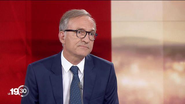 """Jean-Philippe Schaller explique le but de la série d'été """"Vacances déconfinées"""" [RTS]"""