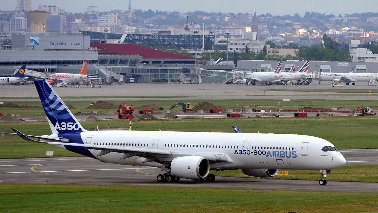 Le conflit est né autour du programme d'avion long-courrier A350 d'Airbus. [Eric Cabanis - AFP]