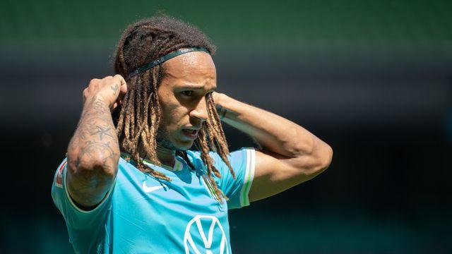 Mbabu devra faire l'impasse sur le match retour d'Europa League le 5 août. [Valeria Witters - Freshfocus]