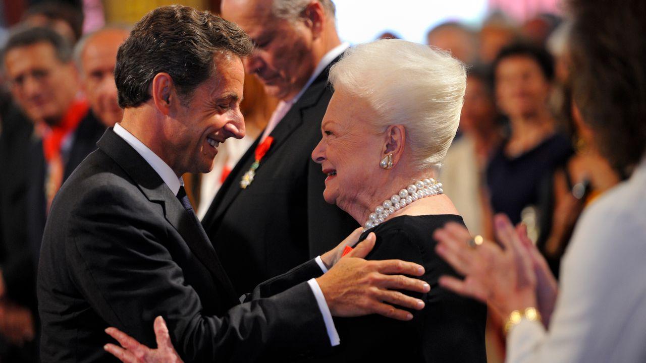 L'actrice Olivia de Havilland avait reçu la Légion d'Honneur des mains du président Nicolas Sarkozy. [Philippe Wojazer - Reuters]