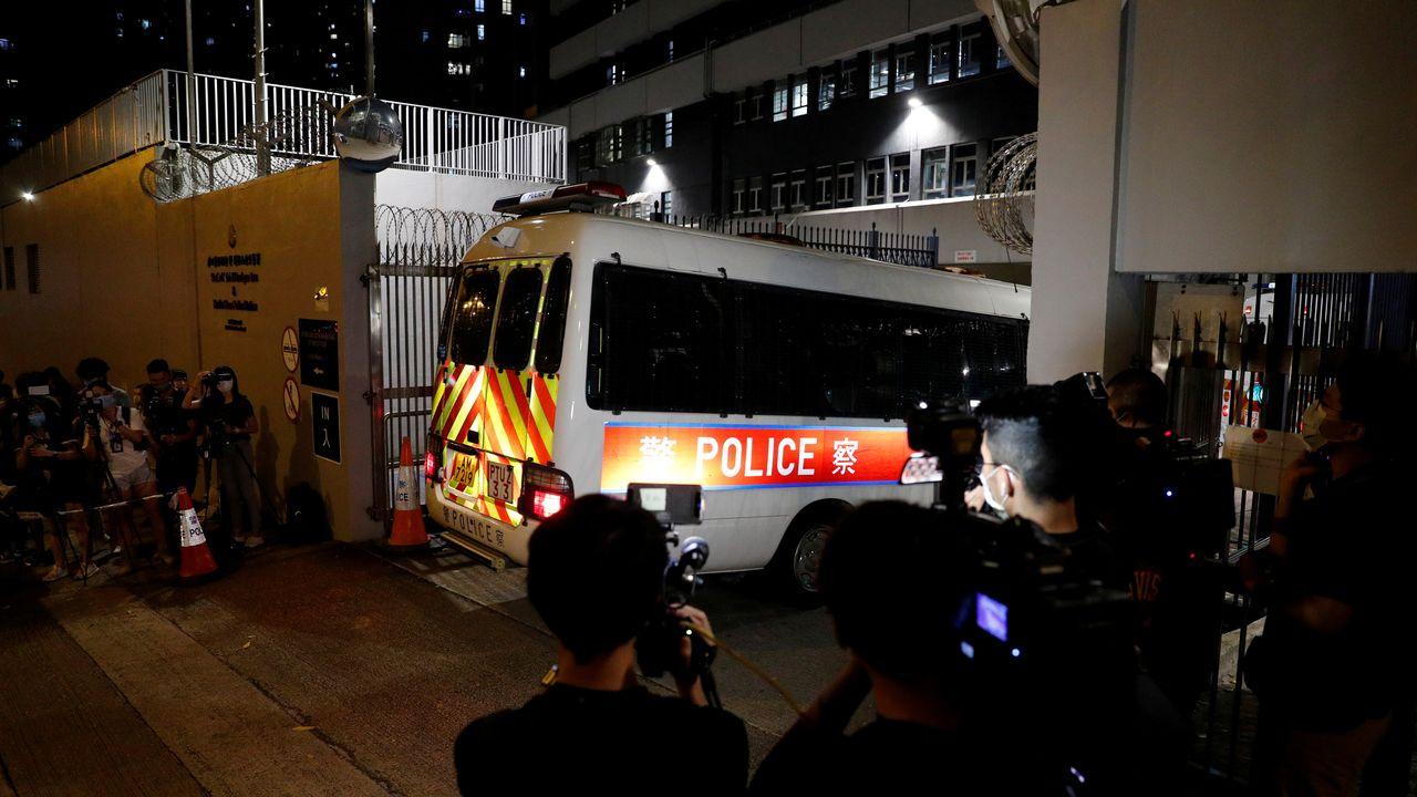 Premières arrestations de figures politiques à Hong Kong en vertu de la nouvelle loi [Tyrone Siu - Reuters]