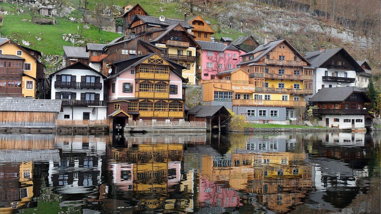 Le village autrichien de Hallstatt. [Barbara Gindl - EPA/Keystone]