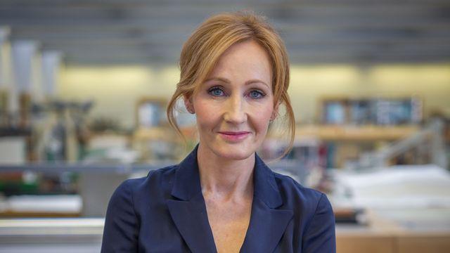 """JK Rowling fait partie des signataires d'une lettre qui déplore le """"conformisme idéologique"""" du moment. [RTS]"""