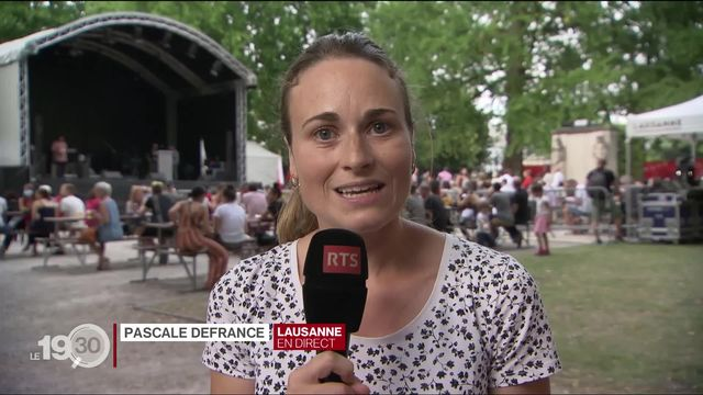 """Pascale Defrance à Lausanne: """"Les organisateurs demandent aux danseurs de respecter la distance d'un mètre cinquante entre eux"""". [RTS]"""