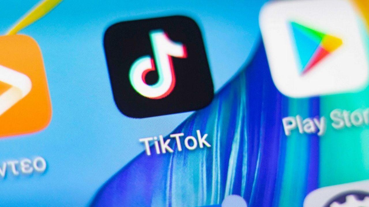 Pour l'heure, Tiktok stocke les données de ses utilisateurs aux Etats-Unis et à Singapour. [Nicolas Economou - NurPhoto/AFP]