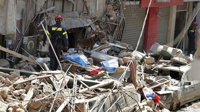 Des experts du Corps suisse d'aide humanitaire ont été envoyés à Beyrouth. [AP Photo/Hassan Ammar - Keystone]