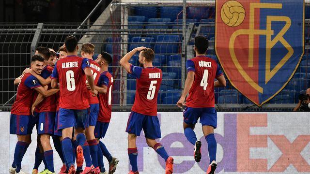 Le FC Bâle célèbre sa victoire contre l'Eintracht de Francfort. Bâle, 6 août 2020. [Fabrice Coffrini - AFP]