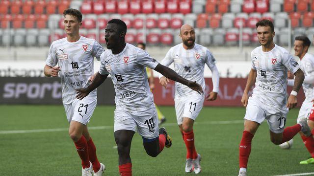 Mohamed Coulibaly a montré la voie à suivre en ouvrant la marque pour Vaduz. Voilà les Liechtensteinois en Super League! [Anthony Anex - Keystone]