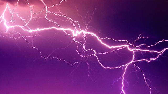 L'électricité, un dossier de RTS Découverte. [Anettphoto - Depositphotos]