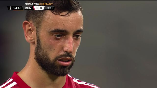 1-4 de finale, Man.United - Copenhague (1-0 ap): Bruno Fernandes qualifie United sur penalty [RTS]