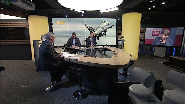 Avions de combat: Viola Amherd et Pierre-Alain Fridez répondent aux auditeurs [RTS]