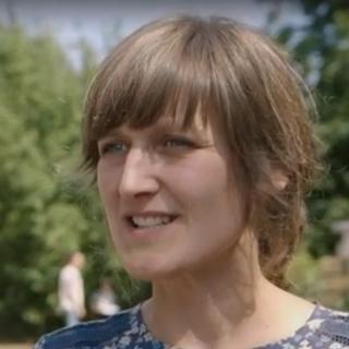 "Janine Nousch, Directrice de la ""Freie Naturschule Barnim"" [RTS]"