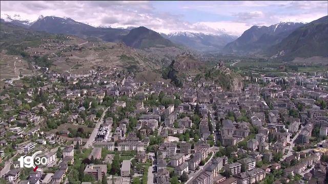 """Sion ambitionne de devenir la """"Capitale suisse des Alpes"""" en fusionnant avec une quinzaine de communes de la région [RTS]"""