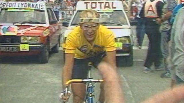 Laurent Fignon, la révélation du Tour de France 1983, s'exprime au micro de Bertrand Duboux.