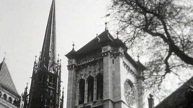 Genève et sa cathédrale en 1954. [RTS]