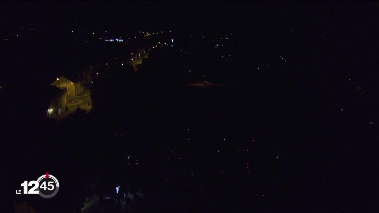 Plus de 110 communes vaudoises ont plongé dans le noir pour mieux voir les étoiles filantes [RTS]