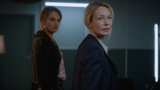 Sacha 2020 [Sophie Broustal, Vanille Lehmann - Look tests SACHA de Léa Fazer @ 2020 Rita Productions - RTS - Radio Télévision Suisse]
