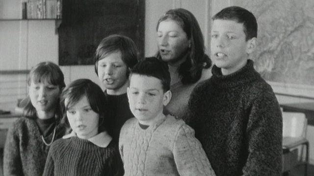 L'école de la Nouvelle Censière à Provence [RTS]