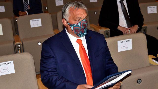 Le premier ministre hongrois Viktor Orban veut être sûr que donner l'accord de son pays ne va pas lui porter préjudice concernant le plan de relance de l'UE. [Igor Kupljenik - Keystone]