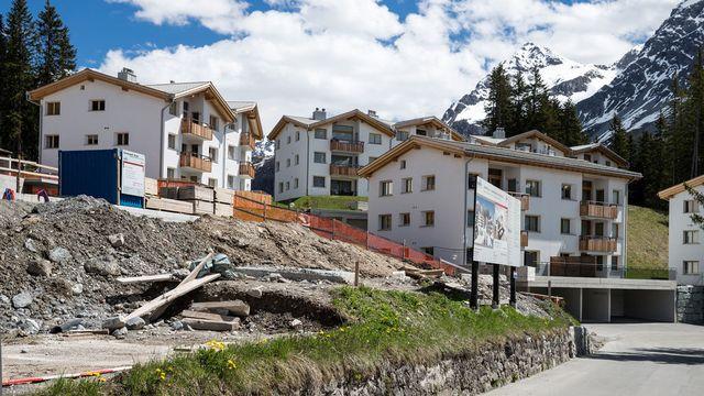 La crise pousse les Suisses vers les résidences secondaires et les villas. [Arno Balzarini - Keystone]