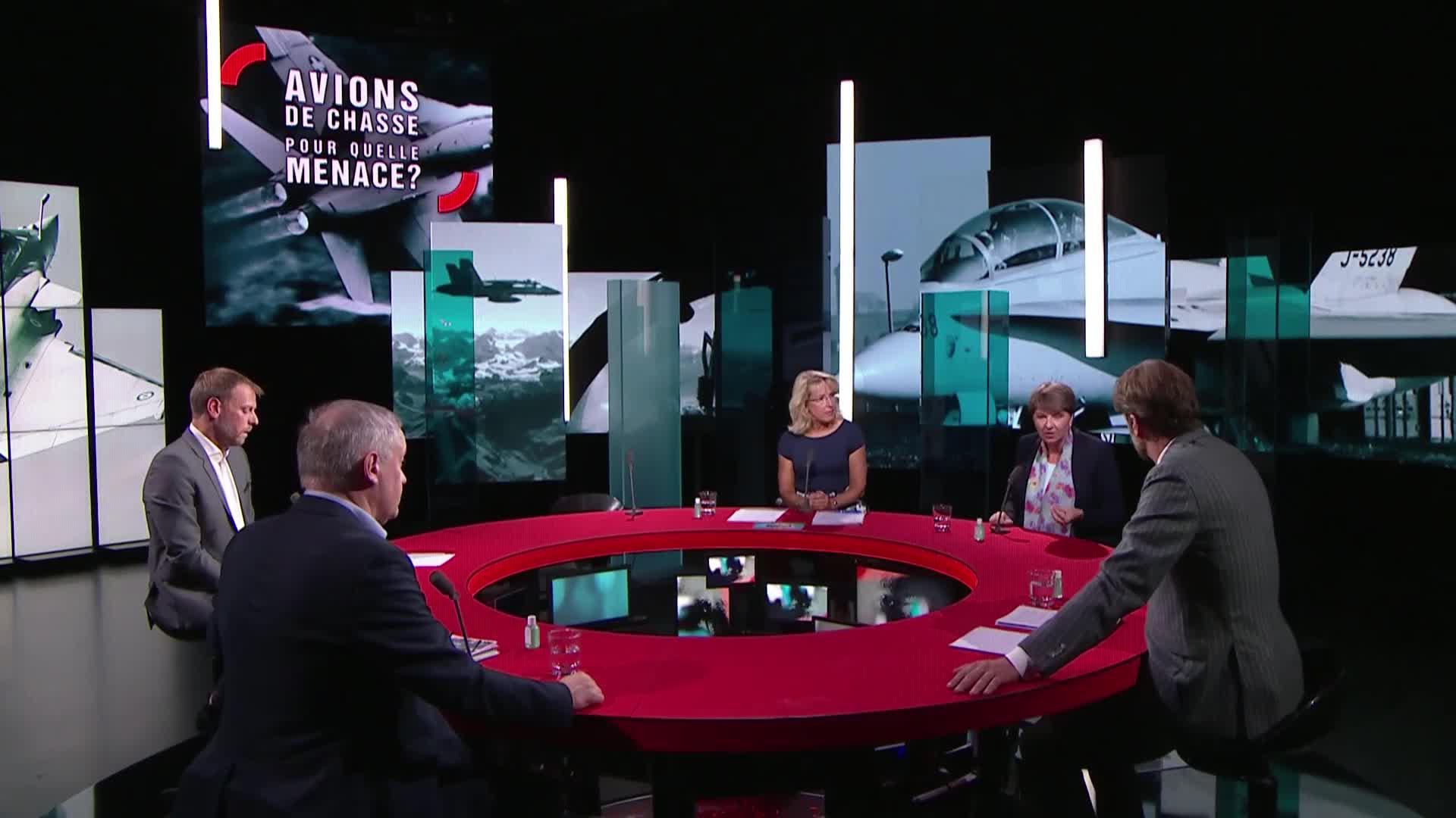 Rejet massif d'une motion de l'extrême droite sur l'immigration européenne — Suisse