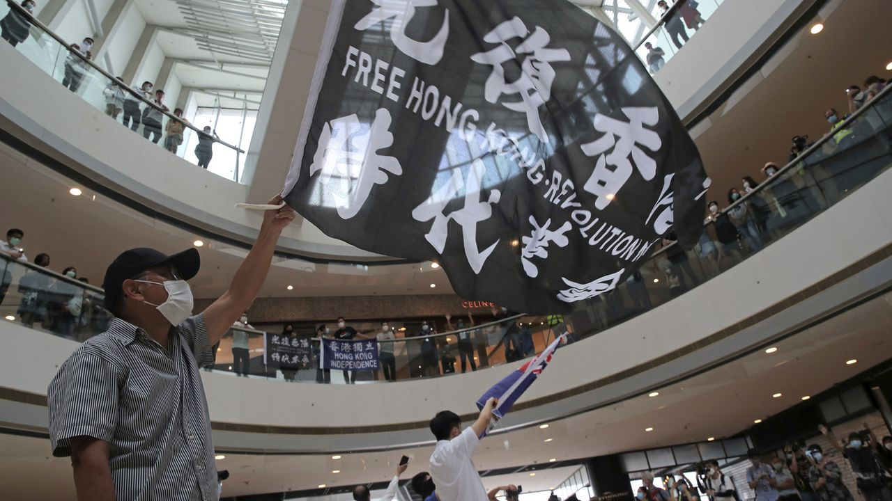 Une manifestation pro-démocratie à Hong Kon le 29 mai 2020. [Kin Cheung - Keystone]