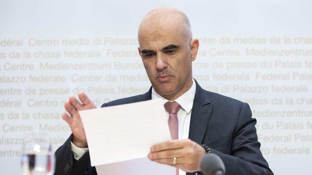 Le conseiller fédéral Alain Berset souhaite à tout prix éviter un deuxième confinement en Suisse. [Peter Klaunzer - Keystone]