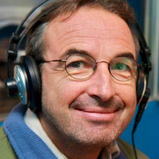 """L'ingénieur forestier Marco Conedera parle du châtaignier au micro d'""""Impatience"""", le lundi 19 septembre 2011. [RTS]"""