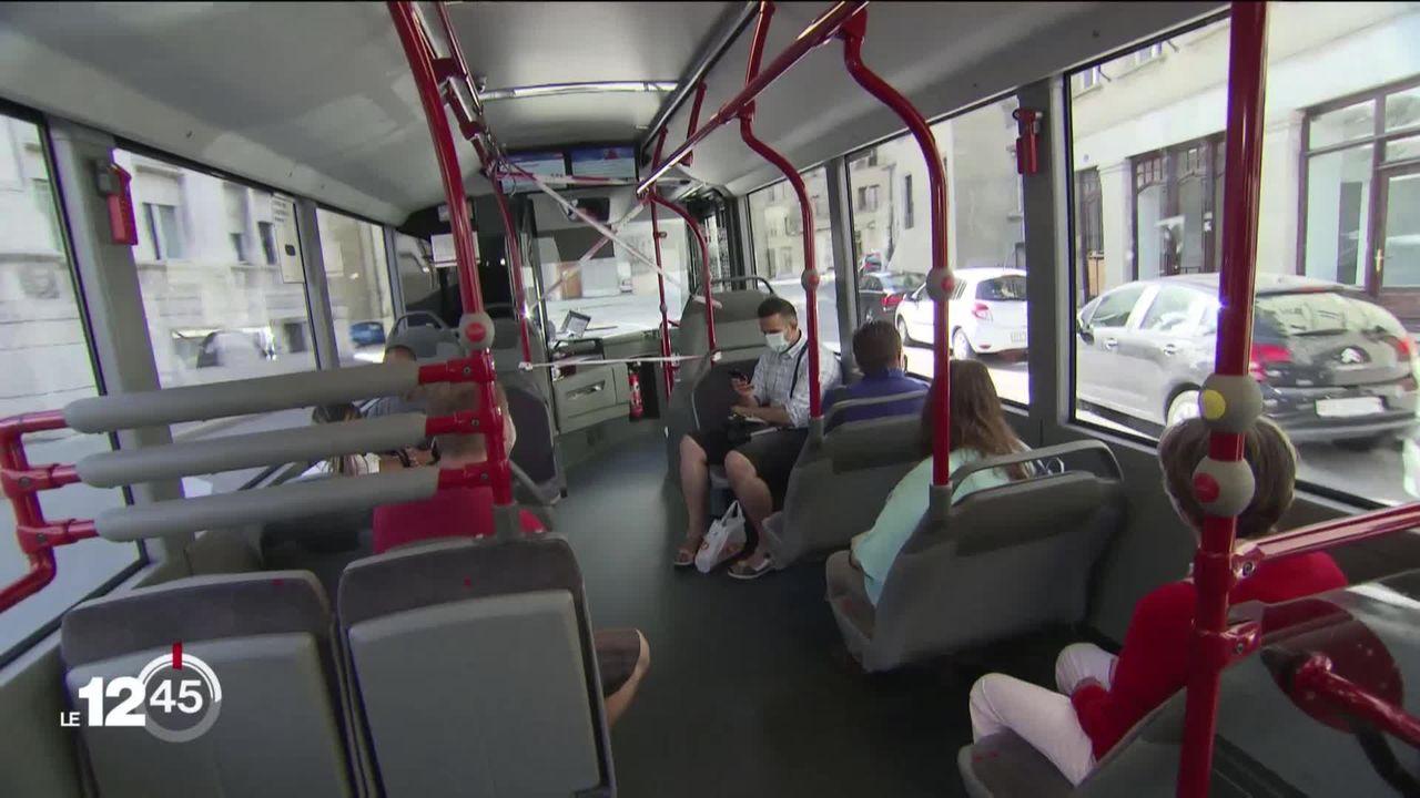 L'idée de la gratuité des transports publics pour les aînés défavorisés progresse à Neuchâtel [RTS]