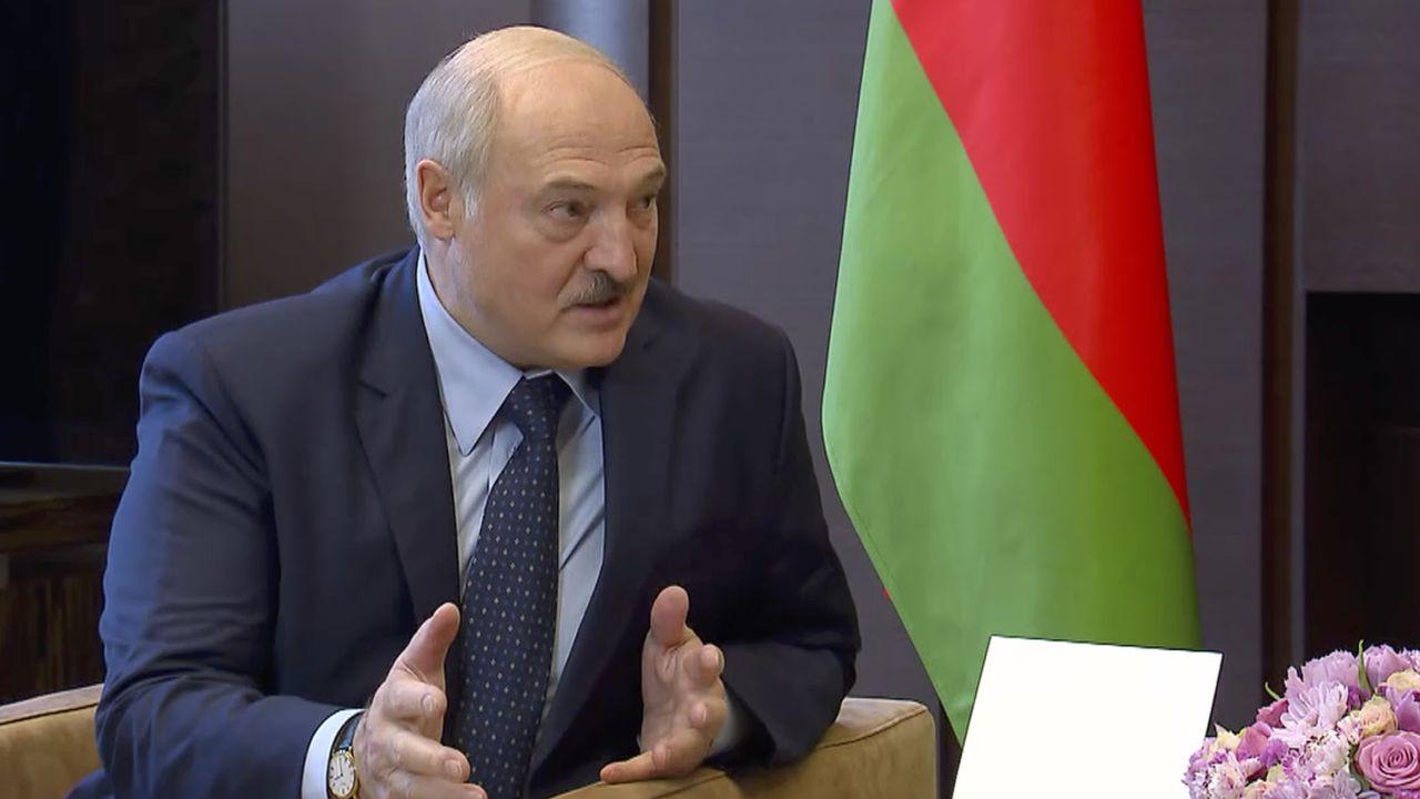 L'Union européenne me reconnaît pas le président biélorusse Alexandre Loukachenko et prévoit des sanctions. [Russian Presidential Press Service - AP]