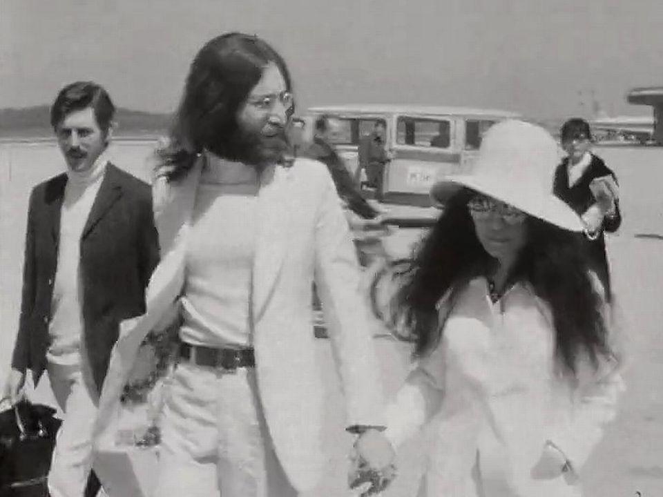 John Lennon et Yoko Ono à Cointrin en 1969. [RTS]