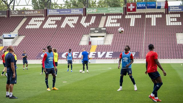 Le Stade de Reims en entraînement à Genève, mercredi 16 septembre. [Martial Trezzini - Keystone]