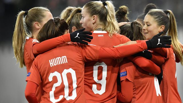 L'équipe de Suisse féminine de football. [Walter Bieri - Keystone]