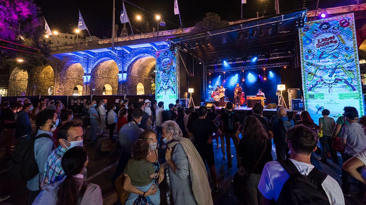 Shems Bendali 5tet en concert sur la Place Centrale à Lausanne dans le cadre du Festival Label Suisse, le 18 septembre 2020.  [loOrent - Label Suisse 2020]